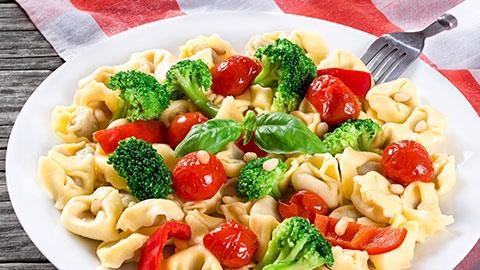 Tortellini and Broccoli Salad